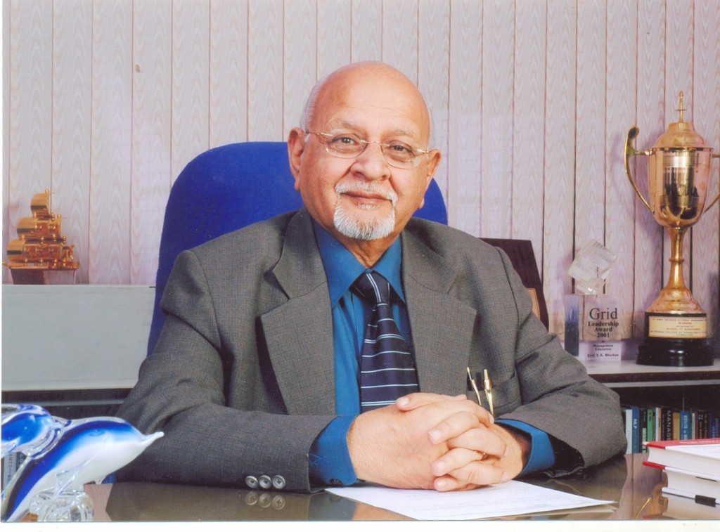 Meet Prof. Y.K. Bhushan @ BMS Academic Excellence Awards 2013