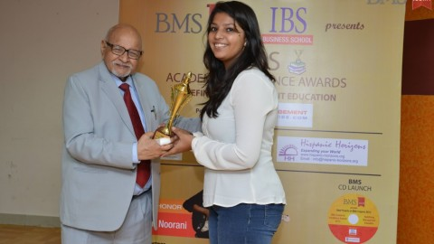 Felicitation of Priyal Parikh, TYBMS Topper, Jai Hind College