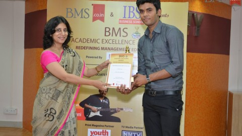 Felicitation of Rahul R. Gupta, TYBMS Topper, Nirmala College