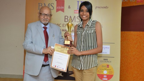Felicitation of Aashiya Khan, TYBMS Topper, SIES College (Sion West)