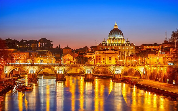 Sightseeing in Rome? Do it as the Romans do!