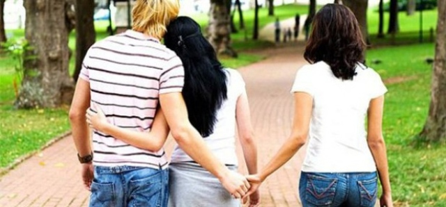 Why People Cheat In Relationships : Differences Between Men And Women