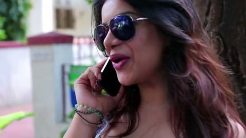 Watch : The Real Delhi Girl (Every Delhi Girl in the World Parody)