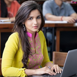 Alia-Bhatt-College-Look