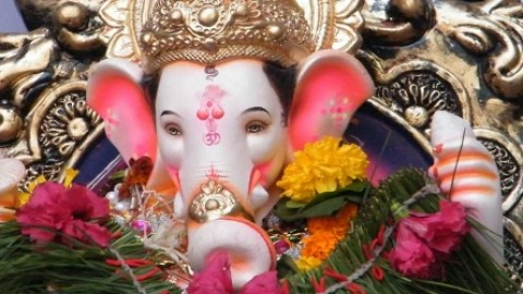 5 Amazing Angarki Sankashti Chaturthi Images, Wallpapers, Photos For Facebook, WhatsApp