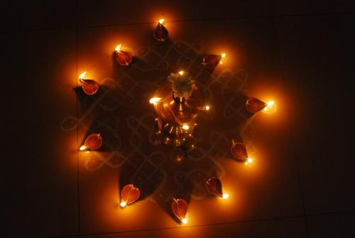Karthigai Deepam, lamps in front of an aprtment