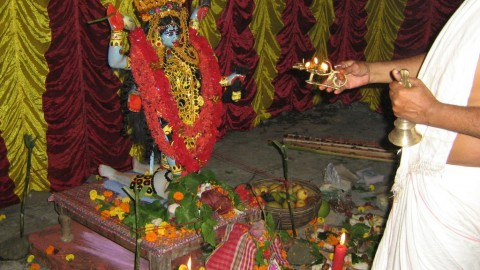 Celebrate Bengali Kali Puja 2015 With Amazing SMS And Wallpapers For Facebook, WhatsApp