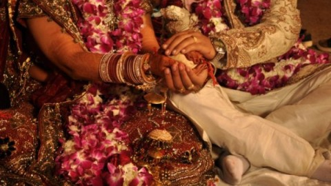 Arranged Marriage Vs. Love Marriage : Which Is Better?