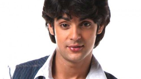 10 Stunning Photos Of Karan Wahi, The Super Talented Host Of Indian Television