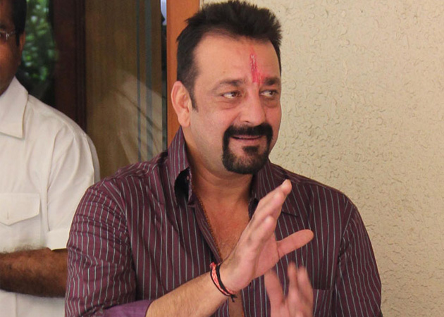 13 Funny Sanjay Dutt Jokes, Tweets, Status Trending on WhatsApp, Twitter, Facebook