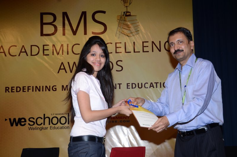 Felicitation of Nancy Girish Visaria, L.S. Raheja TYBMS Sem 5 Topper 2013