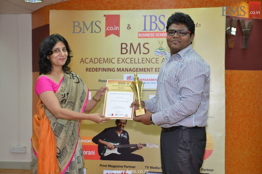 Felicitation of Abhijeet S. Jadhav, TYBMS Topper, Vikas College of Arts, Science and Commerce