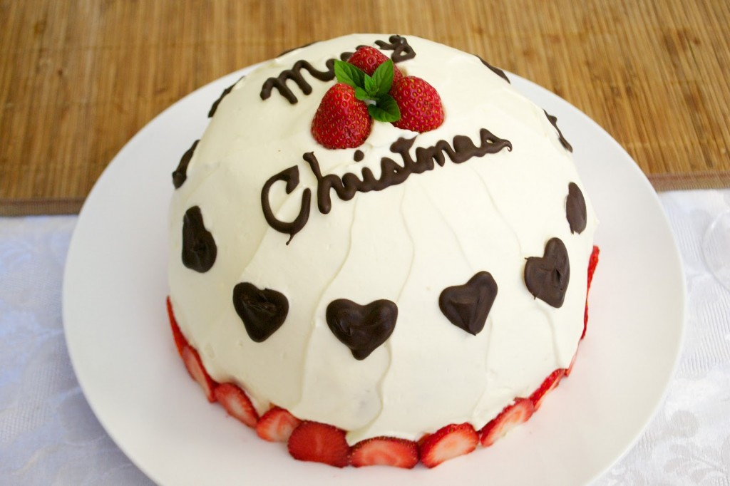 Top 10 Delicious Mouthwatering Christmas Cake Pictures