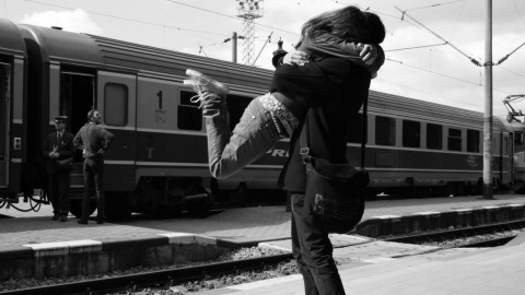 10 Amazingly Beautiful Happy Hug Day 2014 Images, Greetings And Wallpapers
