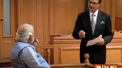 Was Aap Ki Adaalat's Narendra Modi Interview Scripted? India TV's Editorial Director Quits!