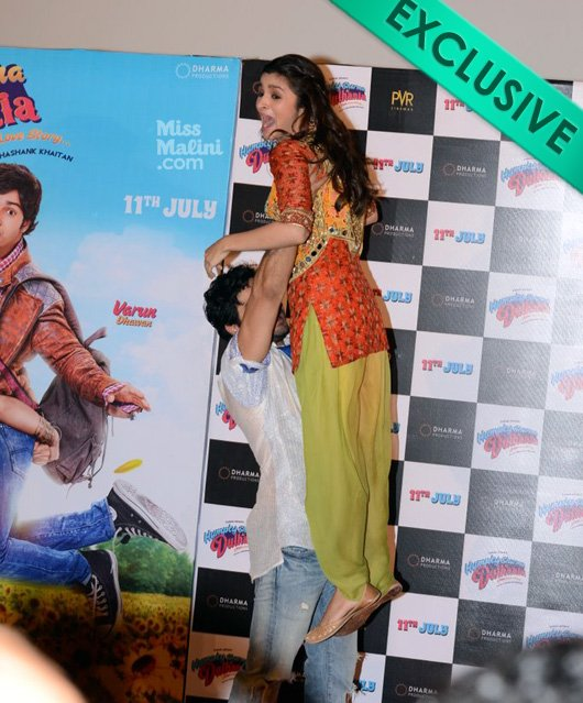 When Varun Does It The Other Way; Alia Is On Fire…!!