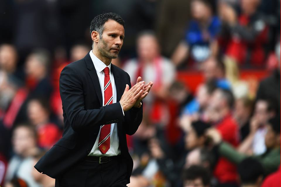 Sunderland beats Manchester United which frustrates Ryan Giggs