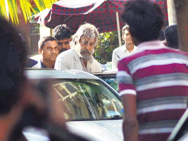 A Surprising Look Of Amitabh Bachchan For Shamitabh