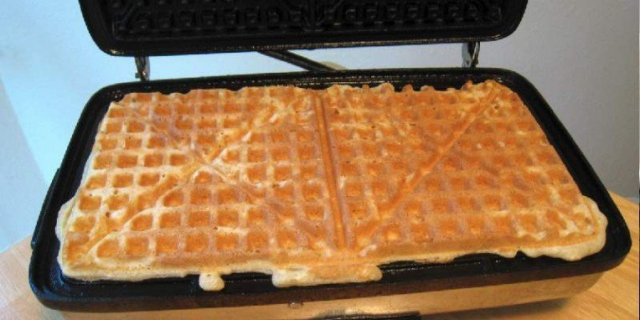 Happy Waffle Iron Day 2014 HD Wallpapers, Images, Wishes For Facebook, WhatsApp