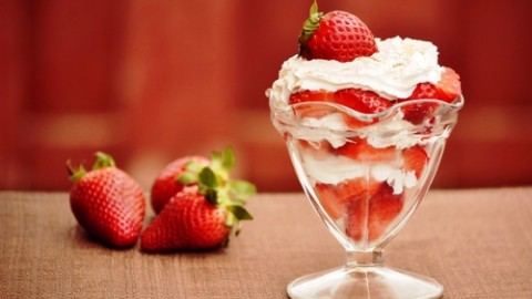 Happy Strawberry Sundae Day 2014 HD Images, Greetings, Wallpapers Free Download