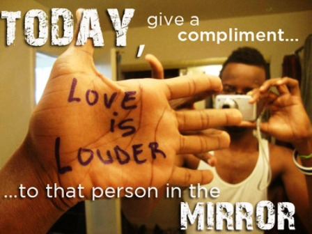 Happy Compliment Your Mirror Day 2014 HD Images, Wallpapers, Orkut Scraps, Whatsapp, Facebook