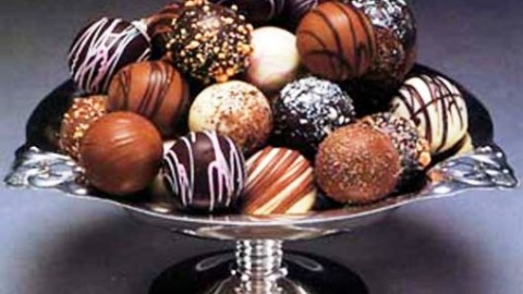 Milk Chocolate Day 2014 SMS, Wishes, Messages, Greetings In English