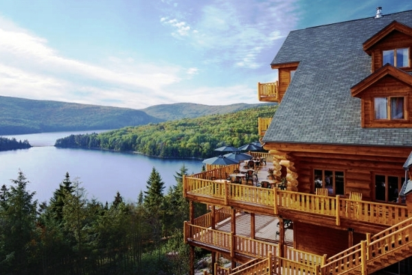 Summer at Sacacomie Lodge, Quebec
