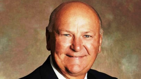10 Magnificent Quotes Of 'H. Wayne Huizenga' To Instantly Motivate You