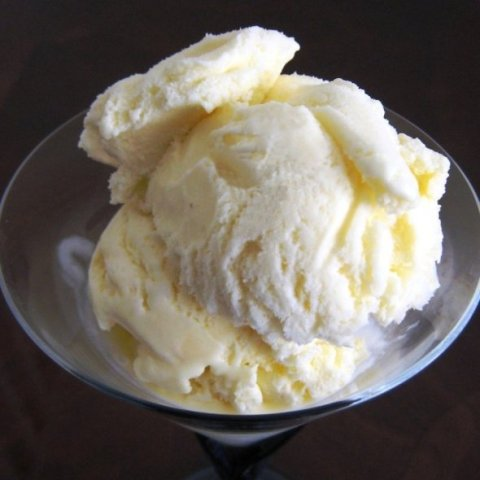White-Vanilla-Ice-Cream-white-34727425-590-590