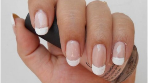2 Beautiful and Easy To Apply Nail Art Designs