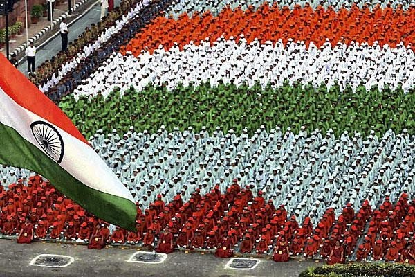 Happy 15 August Independence Day 2014 Hindi Urdu Shayari SMS Wishes Messages