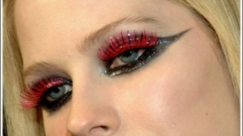 Avril Lavigne's Beauty Makeover – How to Apply Avril Lavigne Makeup