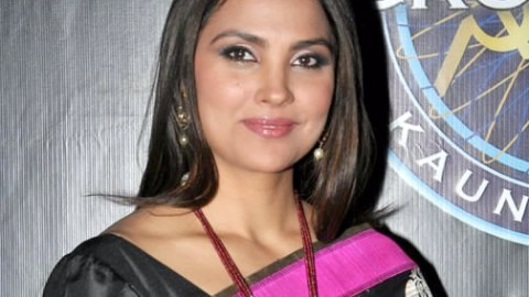 Watch Lara Dutta Accepting ALS Ice Bucket Challenge