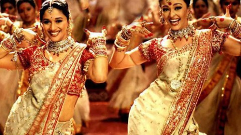Navratri 2014 Special : 'Dola Re Dola' Song Lyrics From Devdas
