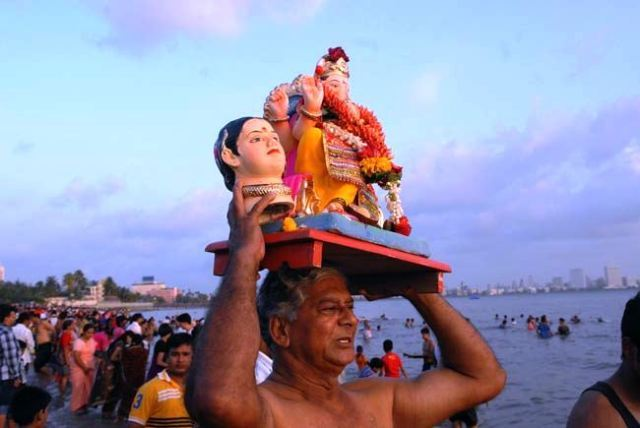 Gauri Ganesha Wallpapers, Pictures & Images Free Download