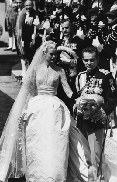5 Amazingly Beautiful Happy Prince Rainier Day 2014 Images, Greetings And Wallpapers