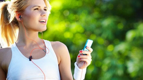 Will Listening to Music Really Help In Body-building And Workout?