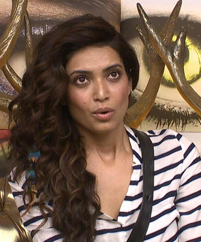 Bigg Boss 8 : Karishma Tanna And Shushant Saying They Will Attend Gautam Gulati's Funneral!!!