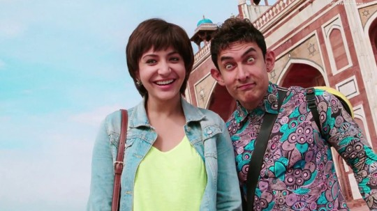 Anushka-Sharma-and-Aamir-Khan-In-PK-Movie-Images-540x303