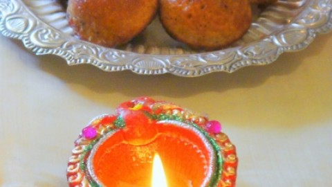 Happy Sarvalaya Deepam 2014 WhatsApp Display Pictures, Facebook Photos Free Download