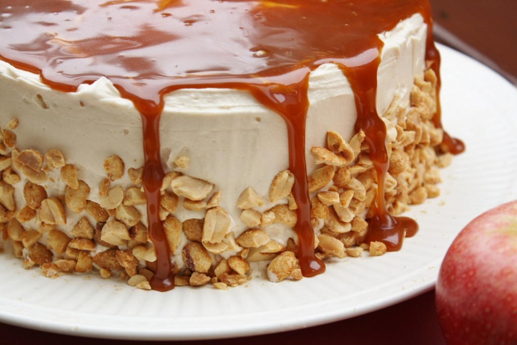 caramel-apple-cake-21