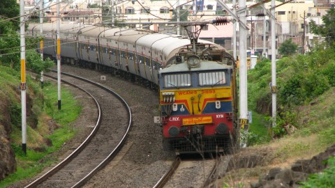 5 Quick Facts About Indian Railways You May Not Know