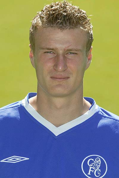 8 Facts You Don't Know About The Berlin Wall Of Soccer - Robert Huth