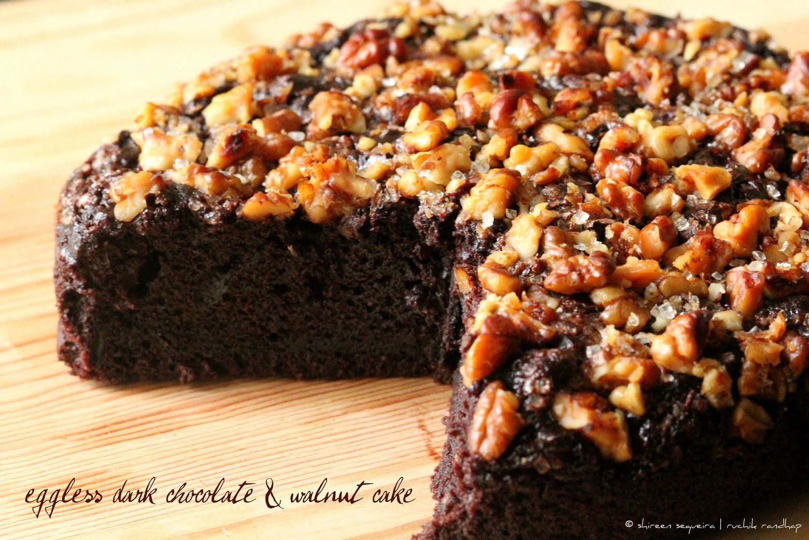 Dark Chocolate & Walnut Cake (2)-1