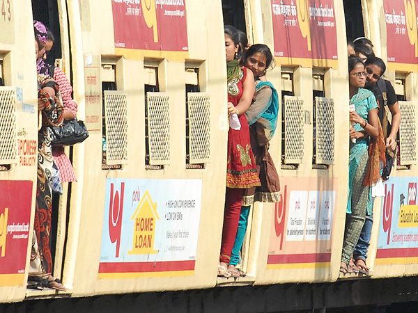 7 Amazing Facts Of Mumbai Local Trains You Ought To Know