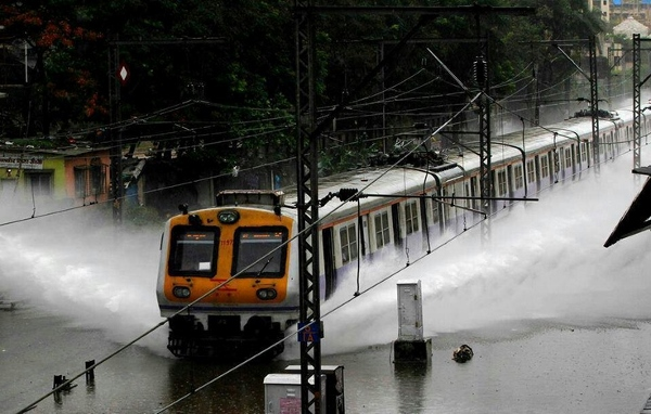 Mumbai Monsoon Images  (1)
